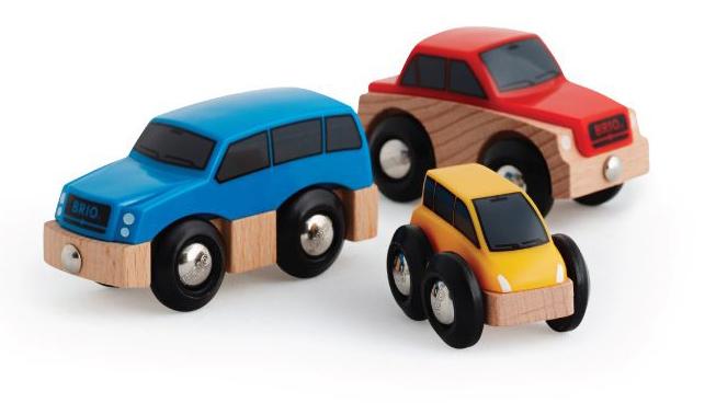 Brio Железная дорога33759BRIO наб.с 3 дерев.машинками с магнитами,25х5х9см,кор.