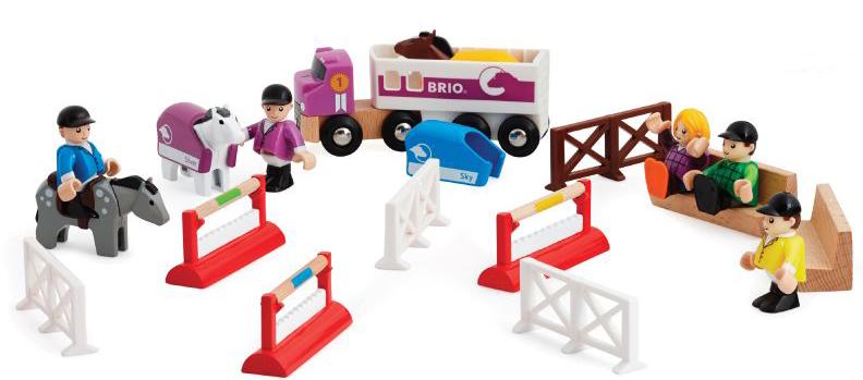 Brio Ипподром33796BRIO игр.наб.Ипподром,3 лошадки,5 фиг.,машина,барьеры,аксесс.,29х9х15см,кор.