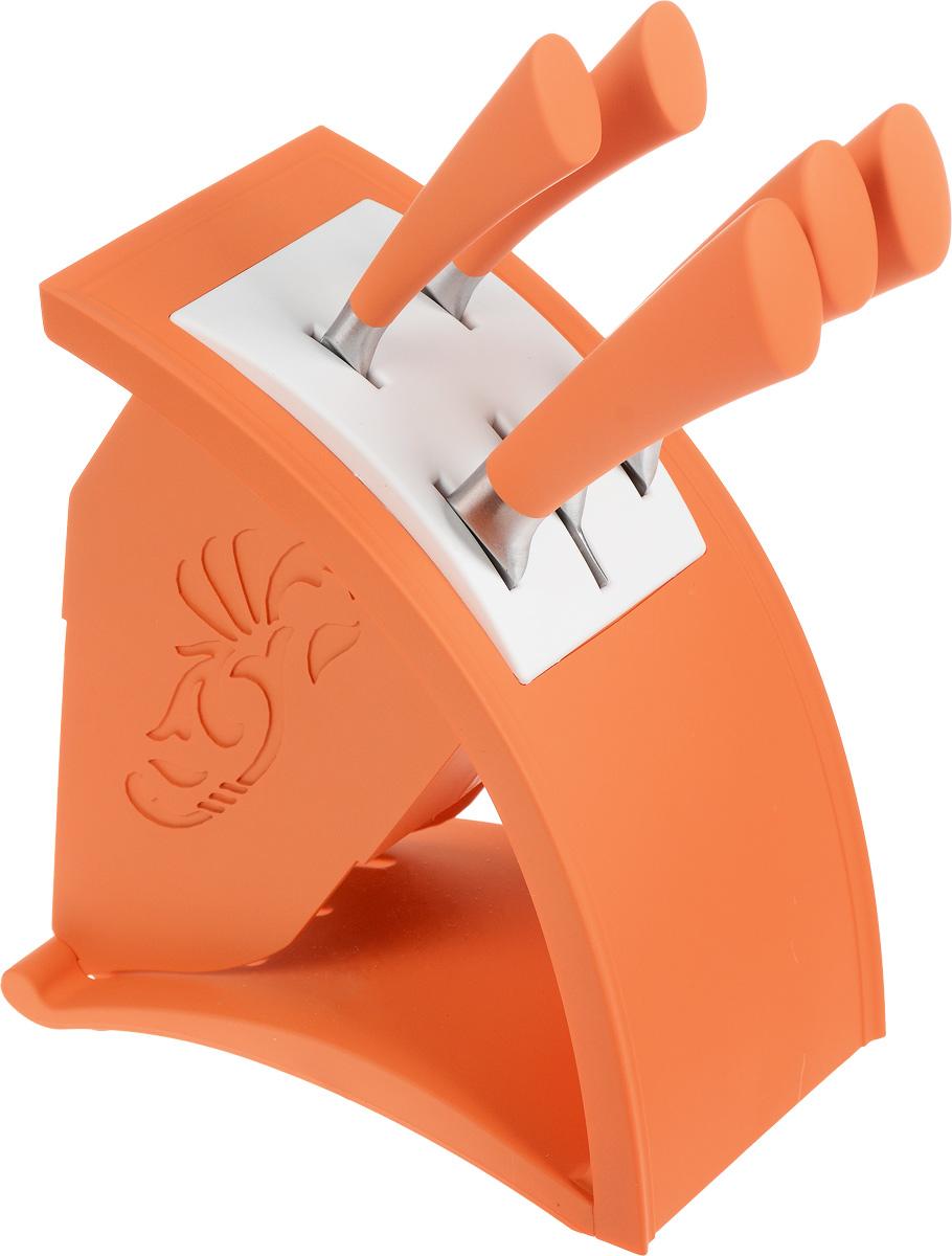 Набор ножей Moonstar, на подставке, цвет: оранжевый, 6 предметов. MS20-15022MS20-15022Набор ножей Moonstar включает 5 ножей (поварской, для хлеба, слайсер или разделочный, универсальный, для очистки овощей) и подставку. Лезвия ножей выполнены из качественной нержавеющей стали 3Cr13, рукоятки изготовлены из пластика с мягким на ощупь прорезиненным покрытием. Ножи обладают отличными режущими свойствами, долговечны и практичны в эксплуатации. Такой набор ножей идеально подойдет для ежедневной резки фруктов, овощей, мяса и других продуктов. Для хранения ножей предусмотрена стильная оригинальная подставка. Длина лезвия поварского ножа: 20,32 см. Общая длина поварского ножа: 33,5 см. Длина лезвия ножа для хлеба: 20,32 см. Общая длина ножа для хлеба: 33 см. Длина лезвия разделочного ножа: 20,32 см. Общая длина разделочного ножа: 33,5 см. Длина лезвия универсального ножа: 12,7 см. Общая длина универсального ножа: 24,5 см. Длина лезвия ножа для чистки овощей: 8,89 см. Общая длина ножа для чистки овощей:...