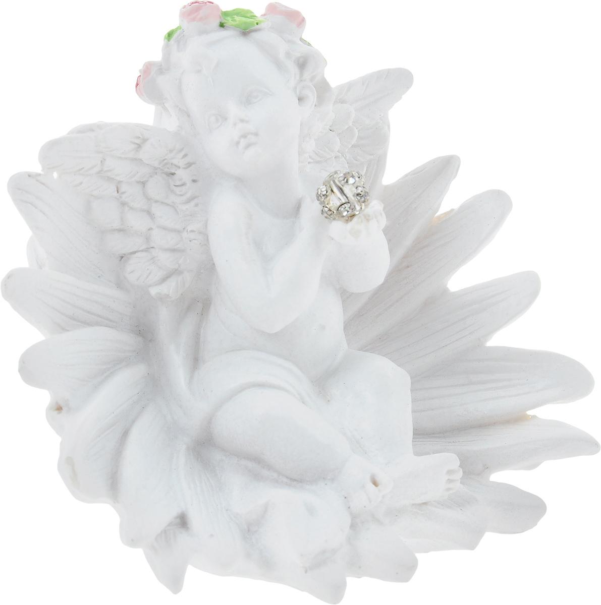 Фигурка декоративная Феникс-Презент Цветочный ангел, высота 6,8 см40177Фигурка декоративная Феникс-Презент Цветочный ангел, выполненная из полирезина, станет оригинальным подарком для всех любителей необычных вещей. Изделие имеет приятный дизайн. Изысканный сувенир станет прекрасным дополнением к интерьеру. Вы можете поставить фигурку в любом месте, где она будет удачно смотреться и радовать глаз.