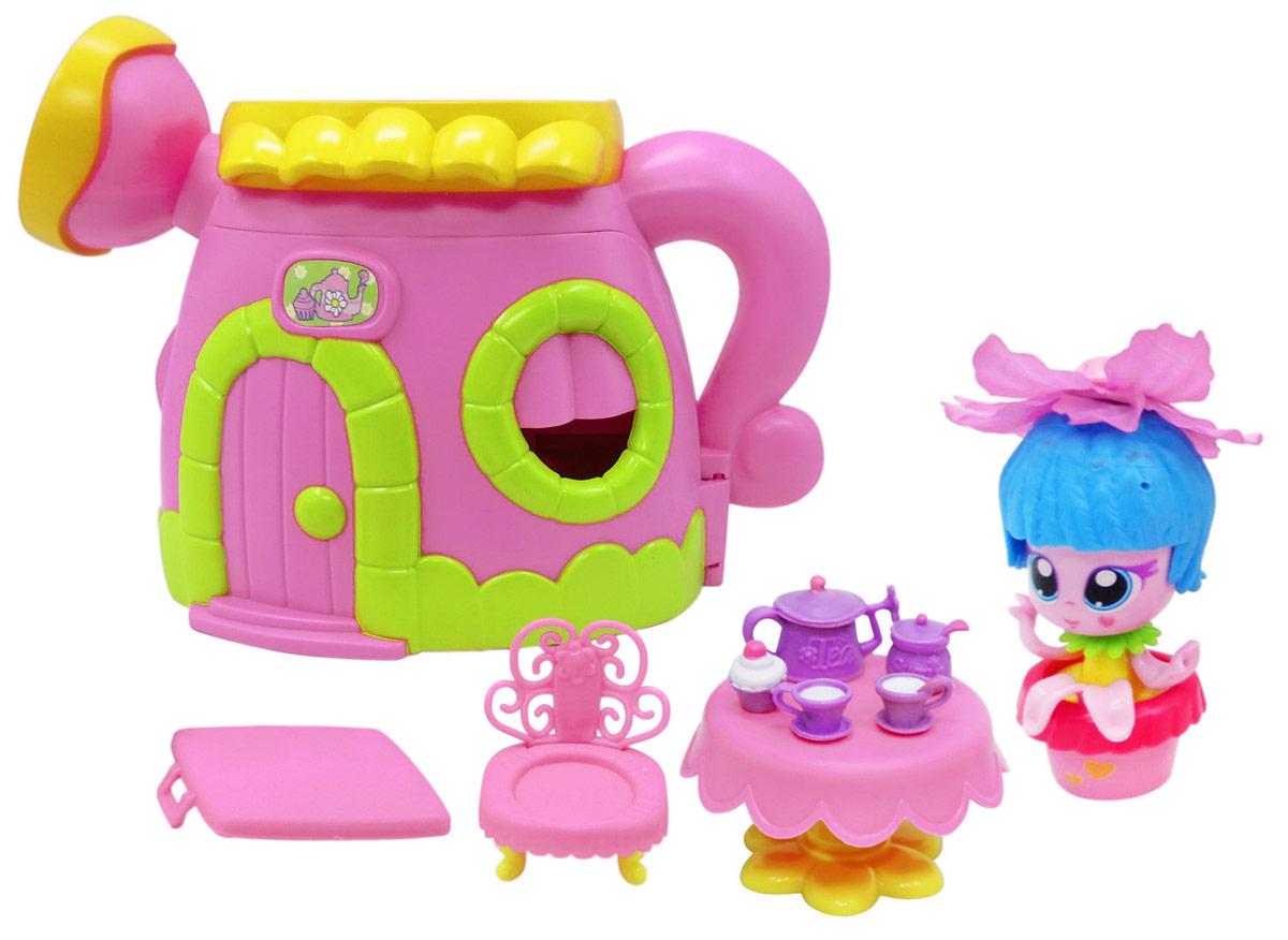 Daisy Игровой набор с куклой Цветочек с аксессуарами 2950529505Куклы-цветочки Daisy Flowers в наборах с яркими аксессуарами, наклейками, забавными питомцами и даже домом-лейкой! Милые куколки-цветочки - это разноцветные разборные игрушки, которые могут меняться между собой прическами, цветочными шляпками и аксессуарами. В ассортименте разные виды наборов: можно выбрать комплект кукол с аксессуарами, со сказочным питомцем, или даже c домом-лейкой и мини-мебелью. Куколки-цветочки можно наряжать, меняя их образы, брать с собой в дорогу или в гости! Собери коллекцию и подружи куколок между собой!