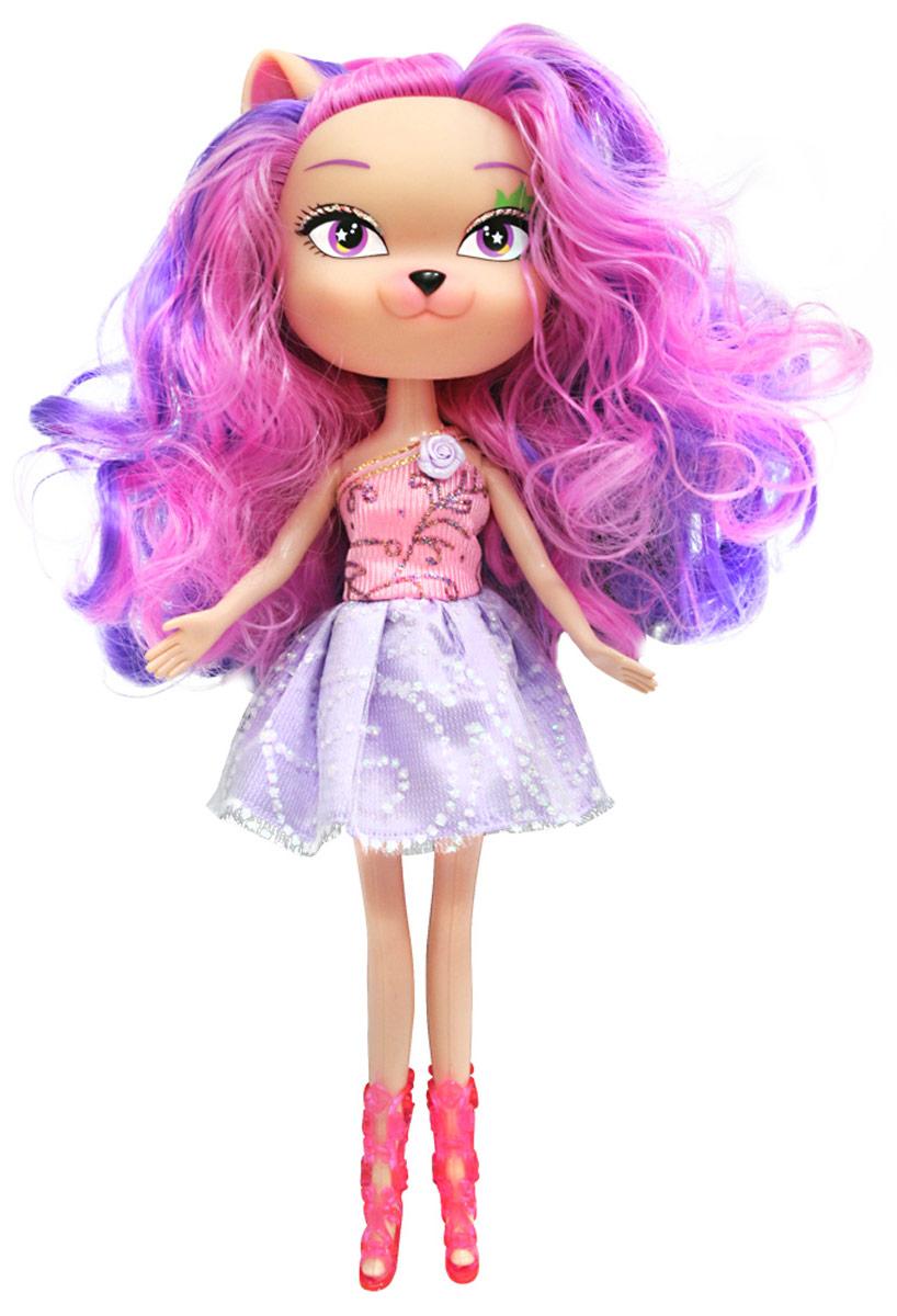Daisy Кукла Жюли30124Daisy Pets - это серия ярких и очень позитивных фантазийных кукол. Наши маленькие домашние питомцы обожают своих хозяев и всегда мечтают быть похожими на них: носить такие же красивые, яркие платья, делать стильные прически и наносить оригинальный макияж. Каждая из таких милых игрушек отличается от других своей оригинальностью и специфическим внешним видом, способным покорить сердце любого… Девочки просто в восторге от наших кукол с роскошными длинными цветными волосами! Их можно наряжать, причесывать и играть с ними, создавая свой волшебный мир! Каждая девочка сможет выбрать своего любимца