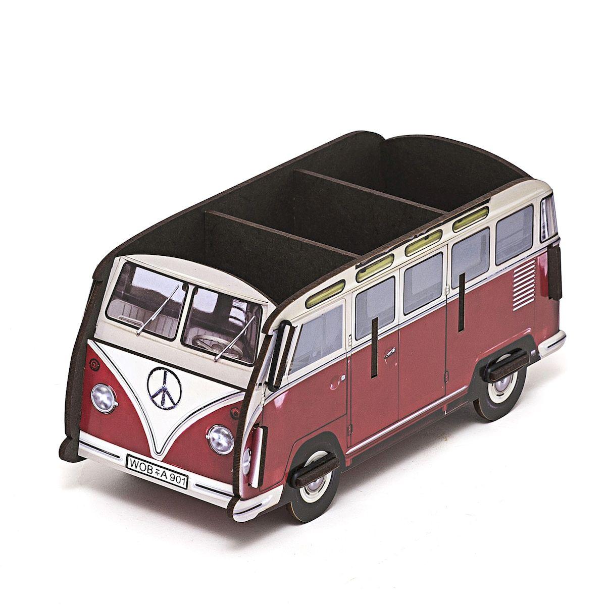 Органайзер настольный Homsu Оld Bus, 22,5 x 9,5 х 10,5 смHOM-338Органайзер настольный Homsu Оld Bus выполнен из МДФ. Настольный органайзер в виде автобуса - это не только способ хранения косметики и других принадлежностей, но и настоящее украшение интерьера. Изделие имеет необычный дизайн и множество отделений сверху для хранения различных предметов.