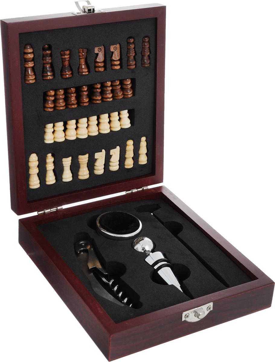 Набор подарочный Феникс-Презент. 4068840688Набор подарочный Феникс-Презент включает деревянные шахматные фигуры, нож сомелье, пробку для бутылок, кольцо для бутылки, жидкостный термометр для вина. Предметы набора хранятся в деревянной шкатулке, на крышку которой нанесено поле для игры в шахматы. В данном наборе есть все необходимые аксессуары для вина. Нож сомелье оснащен встроенным винтовым штопором, ножиком для обрезания фольги и открывалкой для кроне-пробок. Кольцо для бутылки представляет собой насадку для горлышка винной бутылки. Особая форма изделия и мягкий внутренний материал не позволяют каплям вина стекать по бутылке на скатерть. При помощи пробки можно несколько раз открывать и закрывать бутылку, не боясь испортить букет. А термометр поможет измерить температуру напитка. Такой набор станет приятным и практичным подарком к любому празднику. Его удобно брать с собой в путешествия и поездки. Идеальный подарок для всех ценителей вин. Высота шахматных...