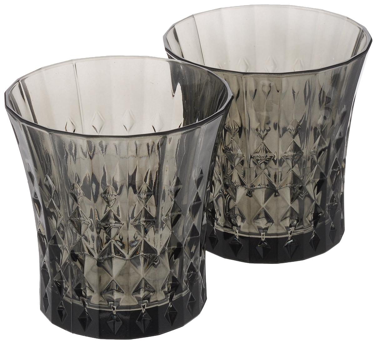 Набор стаканов Cristal dArques Lady Diamond, цвет: серый, 270 мл, 2 штJ1636Набор Cristal dArques Lady Diamond состоит из 2 стаканов, выполненных из прочного стекла. Изделия имеют элегантный дизайн и предназначены для подачи различных напитков. Набор стаканов Cristal dArques Lady Diamond прекрасно оформит праздничный стол и создаст приятную атмосферу за романтическим ужином. Такой набор также станет хорошим подарком к любому случаю. Можно мыть в посудомоечной машине. Диаметр стакана (по верхнему краю): 9 см. Высота стакана: 9,5 см.