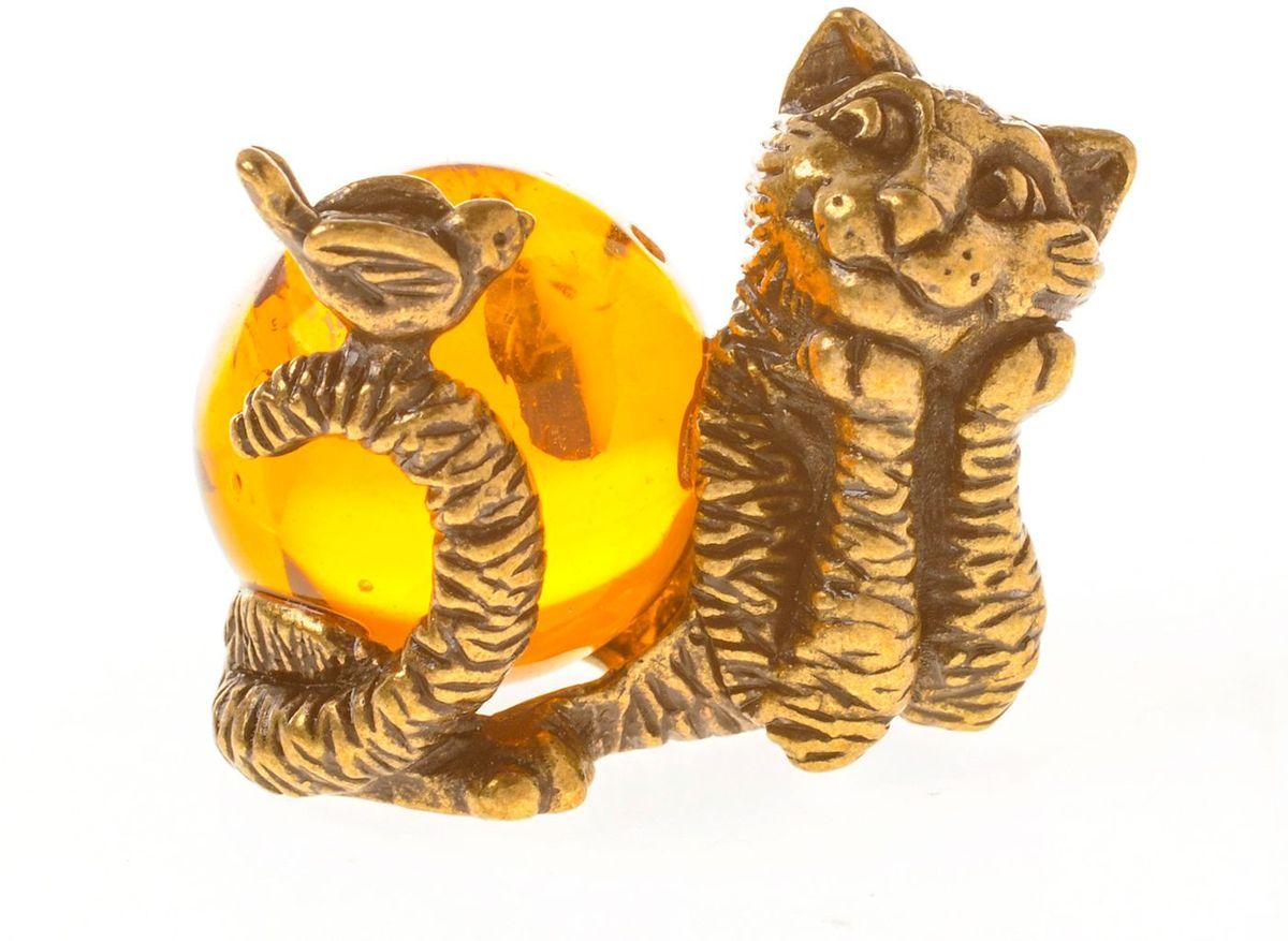 Фигурка декоративная Гифтман Кот с птичкой, материал: латунь, искусственный янтарь. Ручная работа. 5334953349Фигурка на янтаре.