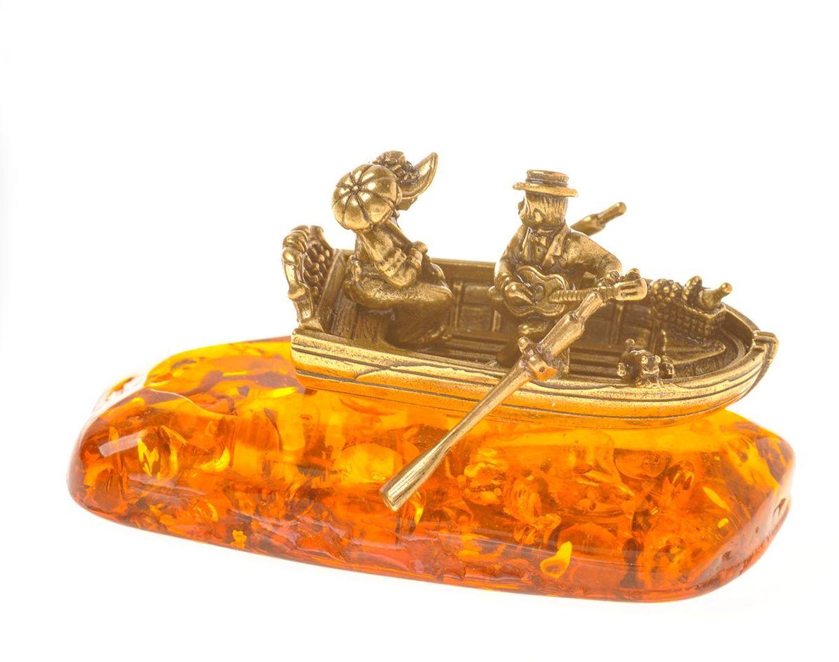 Фигурка декоративная Гифтман Лодка любви, материал: латунь, искусственный янтарь. Ручная работа. 5336253362Фигурка на янтаре.