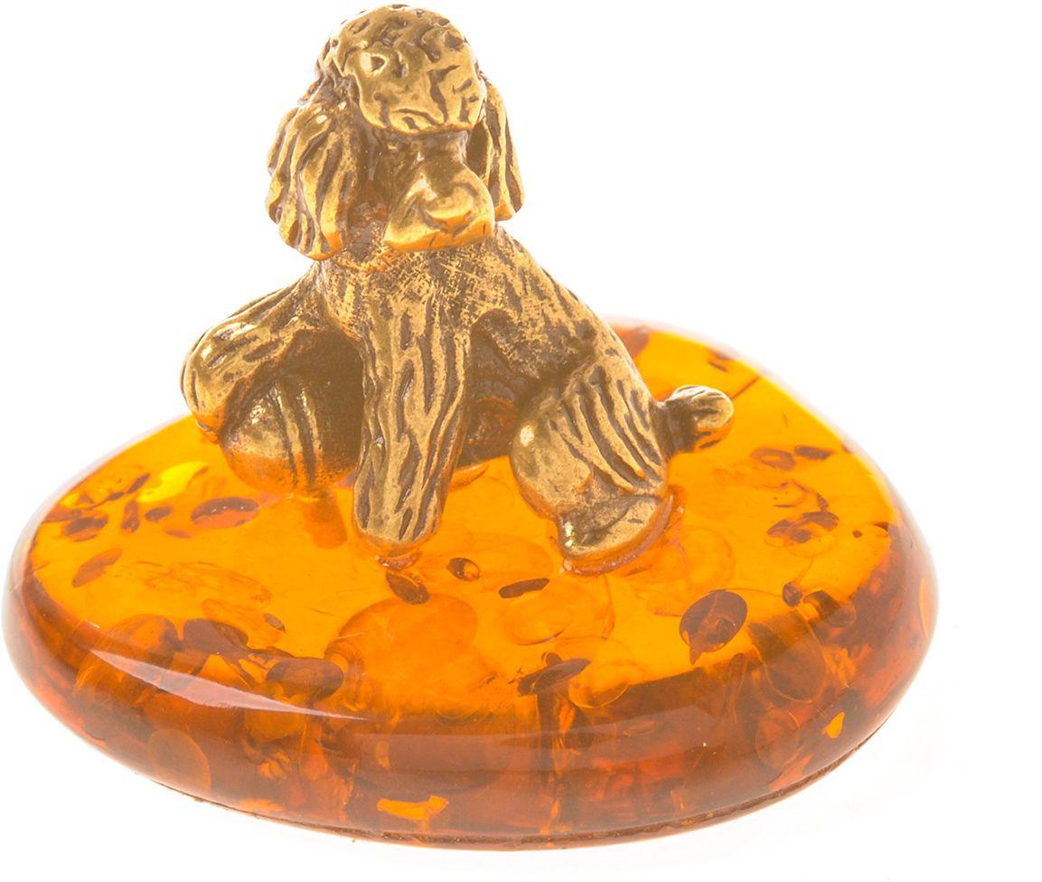 Фигурка декоративная Гифтман Пудель с мячом, материал: латунь, искусственный янтарь. Ручная работа. 5340553405Фигурка на янтаре.