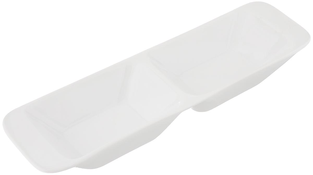Миска продольная Tescoma Gustito, две секции, 24 x 7 см386022Миска продольная Tescoma Gustito изготовлена из первоклассного фарфора Замечательна для стильной сервировки дрессингов, соусов, салатов, компотов, оливок, фруктов, овощей, суши, канапе, закусок, фондю и других блюд. Миска устойчива к температурам от - 18 °C до + 200 °C. Ее можно использовать в микроволновой печи и морозильнике, а также можно мыть в посудомоечной машине.