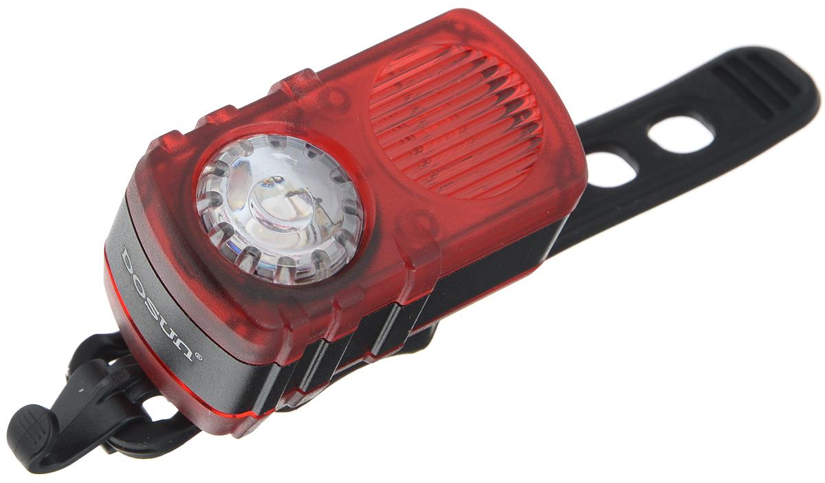 Задний габаритный фонарь Dosun Ruby RC200, с зарядкой от USBRC200/5040Задний габаритный фонарь Dosun Ruby RC200 сделает ваш велосипед более заметным в темное время суток и обеспечит безопасность на дороге. Предназначен для оповещения водителей о движущемся транспортном средстве. Изделие имеет прочный водонепроницаемый корпус, устойчивый к царапинам. Яркий светодиод мощностью 10 лм работает в 4 режимах: сильное освещение, слабое освещение, одновременное мигание и поочередное мигание. Благодаря силиконовому ремешку фонарь с легкостью крепится к велосипеду без специальных инструментов. Он быстро устанавливается и также быстро снимается при необходимости. Специальная клипса позволяет разместить фонарь на одежде или рюкзаке. Встроенный аккумулятор заряжается с помощью USB-кабеля. Емкость аккумулятора: 580 mAh Li-Polymer. Время зарядки: 2,5 часа. Диаметр штанги: 20-40 мм.