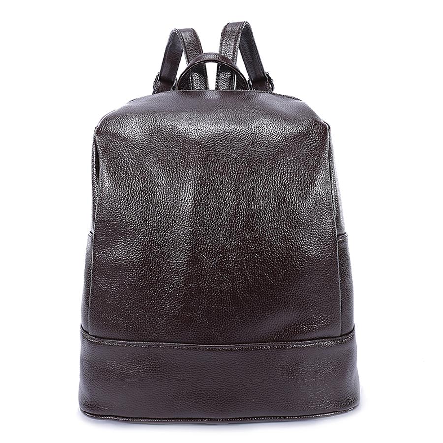 Рюкзак женский Orsa Oro, цвет: темно-коричневый. D-180/12D-180/12Стильный женский рюкзак Orsa Oro выполнен из экокожи. Модель с одним отделением застегивается на молнию. Задняя сторона оформлена прорезным карманом на молнии, боковые стороны - плоскими карманами. Внутри изделие содержит 2 накладных кармана, карман под iPad и прорезной карман на молнии. Рюкзак оснащен удобными плечевыми лямками регулируемой длины, а также петлей для подвешивания.
