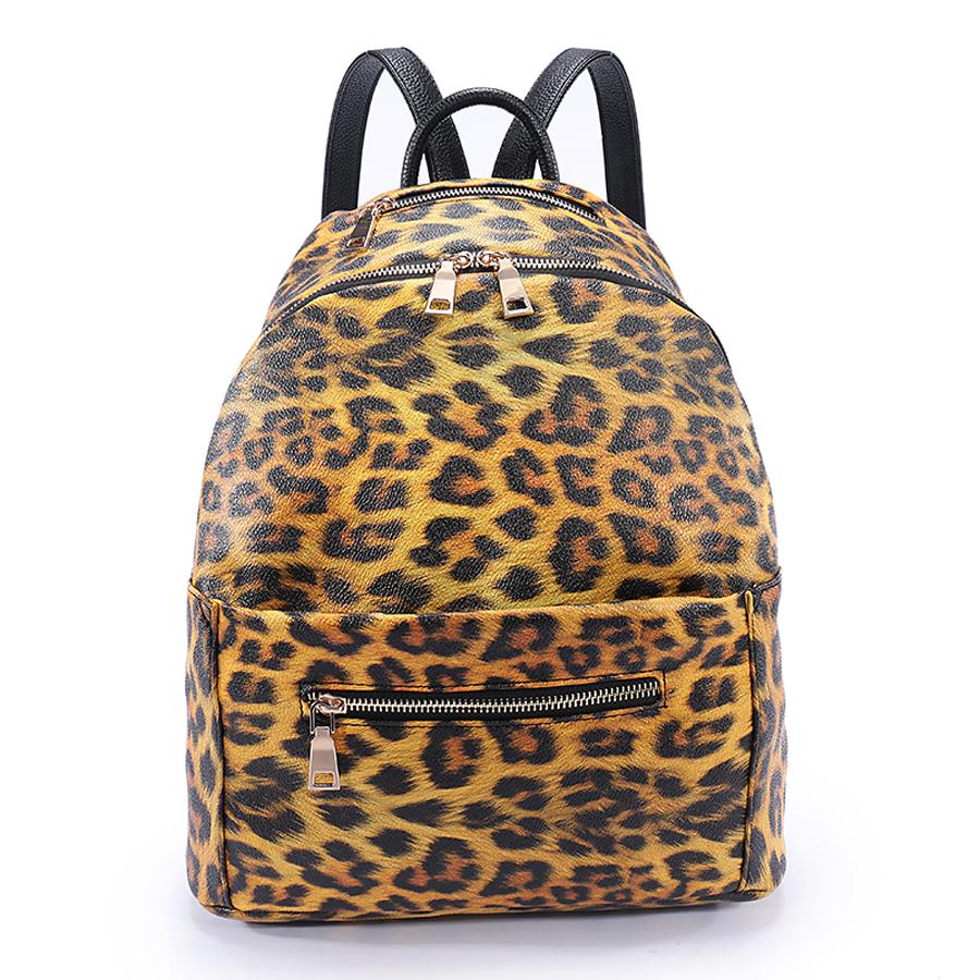 Рюкзак женский Ors Oro, цвет: коричневый, черный. D-187/28D-187/28Рюкзак с одним отделением, два передних кармана на молнии . Внутренний карман на молнии, карман для телефона, задний карман на молнии, карман вверху на молнии под ручкой.