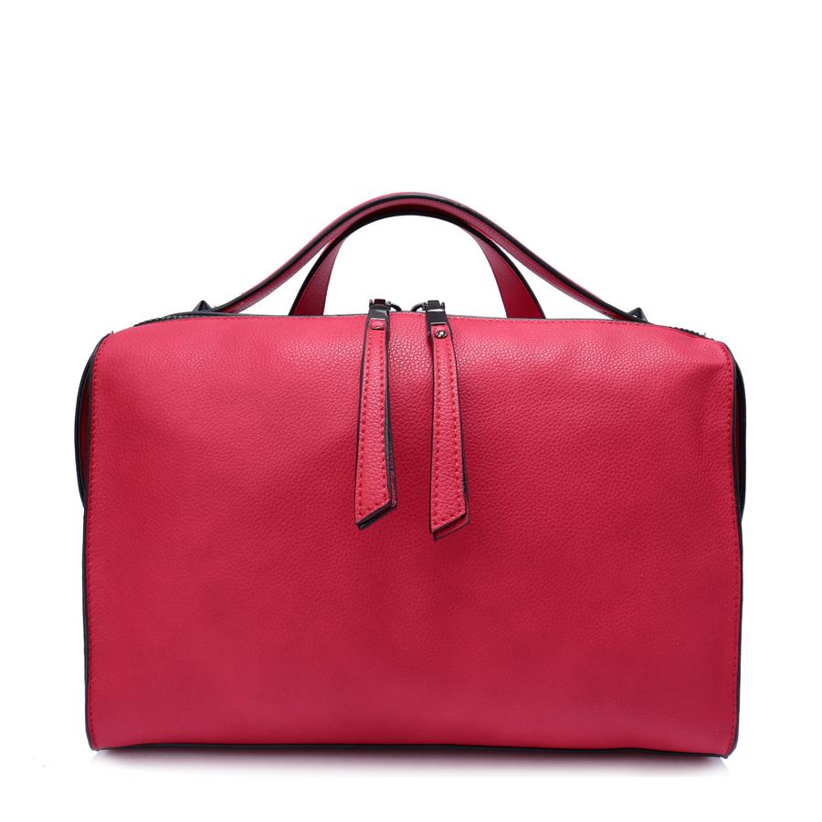 Сумка женская Ors Oro, цвет: красный. D-161/25D-161/25Сумка с одним отделением, на молнии, карман-перегородка на молнии, внутренний карман на молнии, карман для телефона, задний карман на молнии