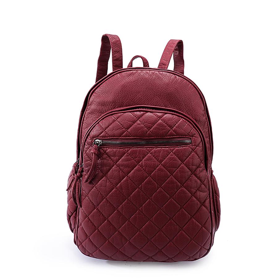 Рюкзак женский Ors Oro, цвет: марсала. D-193/30D-193/30Рюкзак с двумя отделениями на молнии, два передних кармана на молнии - один объёмный, другой плоский, два боковых кармана на молнии. Внутренний карман на молнии, карман для телефона, задний карман на молнии