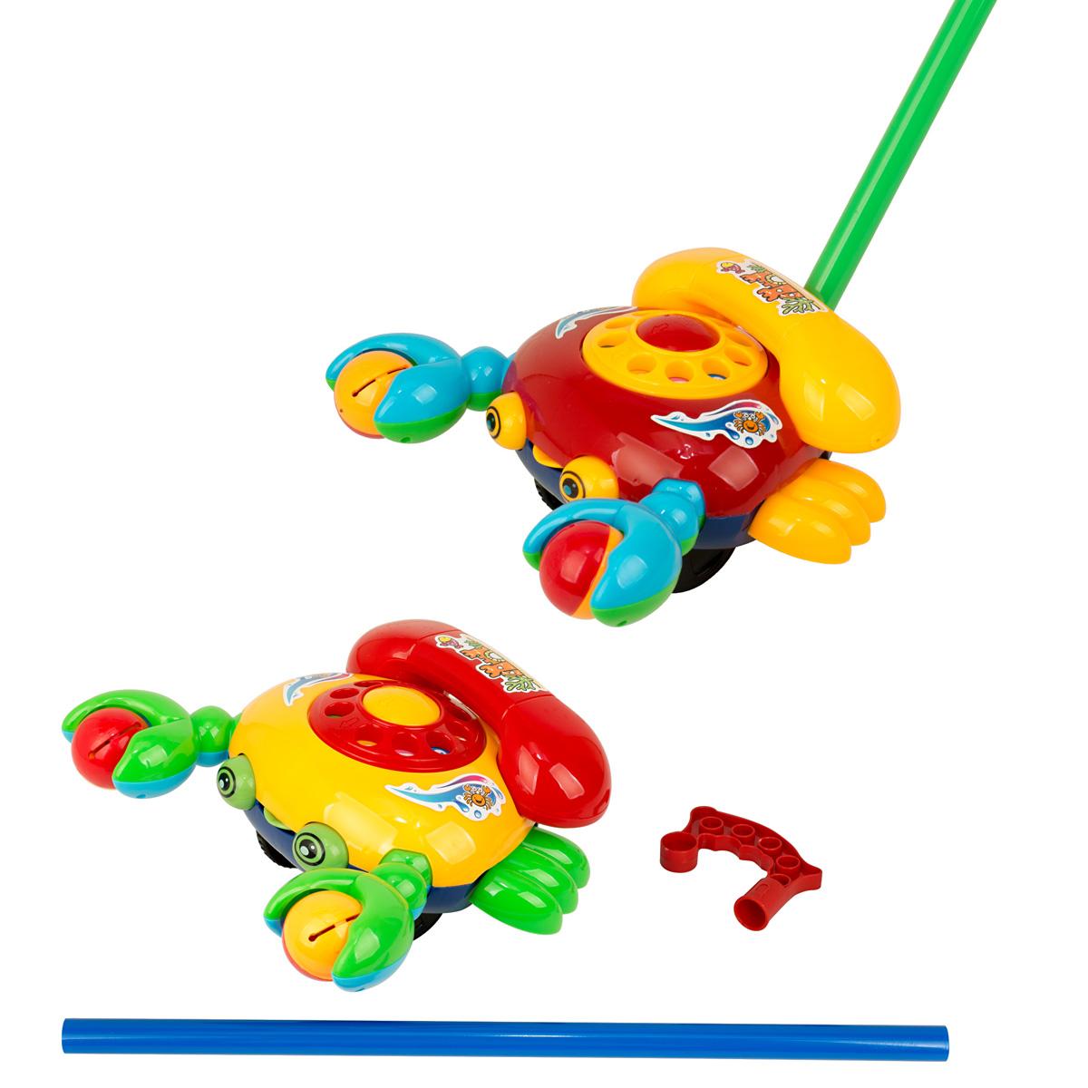 Ami&Co Игрушка-каталка Телефон44425Каталка рак - веселый телефон. Каталка представляет собой классический телефонный аппарат с диском и съемной трубкой. Ребенок может крутить диск телефона, чтоблы набрать номер, при этом игрушка издает характерный звук. Ребенок катает игрушку по полу - рак-телефончик будто оживает: его клешни двигаются, задорно гремя (рак держит 2 шарика с гремящими элементами, которые пересыпаются при движении), задорно высовывает язык. При катании игрушка издает звук колокольчика. Палка (сборная) вставляется в игрушку. Детская складная каталка предназначена для малышей, которые уже начали ходить самостоятельно. Яркие, забавные образы принесут радость и веселье во время игр. Гремящие, шуршащие элементы развлекут вашего малыша. Модель поможет развить координацию движения, тактильные навыки и мелкую моторику рук ребенка, а издаваемые ею звуки активно стимулируют его слух.