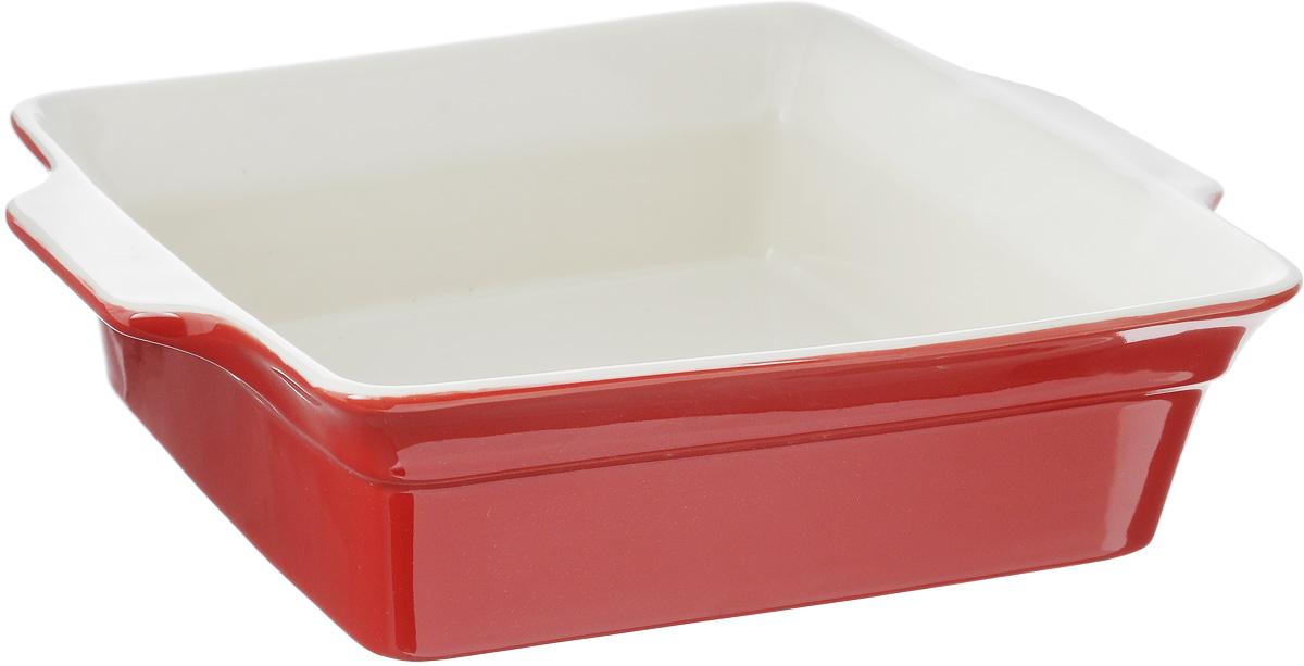 Форма для запекания Calve, прямоугольная, 30,5 х 25,5 см13-601BНи для кого не секрет, что у настоящей хозяйки красивая посуда не только та, в которой она подает свои блюда, но и та, в которой она готовит. Прямоугольная форма для запекания Calve выполнена из жаропрочной керамики и оснащена ручками. Изделие можно использовать в духовке, конвекционной и микроволновой печи, однако ее нельзя ставить на открытый огонь. Во время процесса приготовления посуда из керамики впитывает лишнюю влагу из продукта и хранит тепло. Такая форма подойдет для хранения блюда в холодильнике и морозильной камере. Продукты из холодильника в ней будут оставаться холодными еще долго - это связано с медленной теплоотдачей. Приятный глазу дизайн и отменное качество формы будут долго радовать вас, а угощения, приготовленные в этом блюде - ваших гостей. Внутренний формы (без учета ручек): 25 х 25,5 см. Размер формы (с учетом ручек): 30,5 х 25,5 см. Высота формы: 8 см.