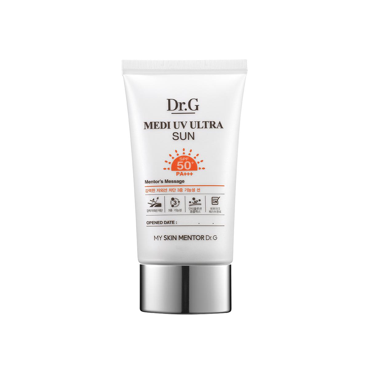 Dr. G Крем солнцезащитный SPF50+ PA+++ Sun, 50 млDG134540Солнцезащитный крем обладает успокаивающими, укрепляющими и регенерирующими свойствами. Защищает от солнца, глубоко увлажняет кожу, защищает от проявления пигментации и венушек. Гипоаллергенная формула протестирована на чувствительной коже под дерматологическим контролем. Солнцезащитный крем не оставляет белесого тона кожи.
