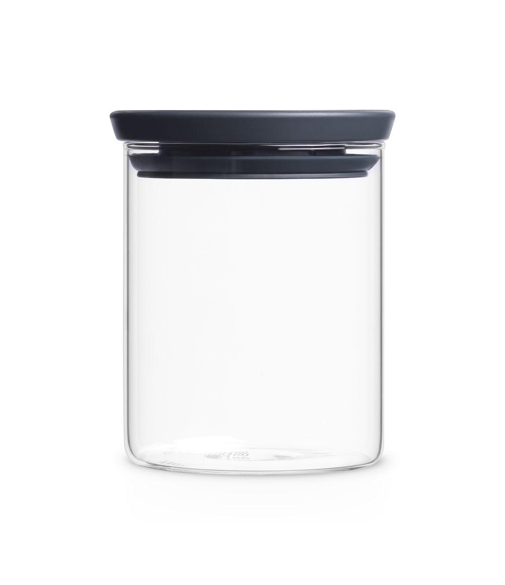 Модульная стеклянная банка Brabantia 0,7л298288Эти удобные модульные стеклянные банки для хранения любых продуктов непременно станут вашими любимыми. Идеальное решение для хранения продуктов – предлагаются в ассортименте различных размеров; Ваши любимые продукты дольше сохраняют свежесть – герметичная крышка; Легко моются – банки и крышки можно мыть в посудомоечной машине; Хорошо видно содержимое и его объем – прозрачное стекло; Рациональное использование пространства – модульная конструкция: банки составляются одна на другую; 10-летняя гарантия Brabantia.