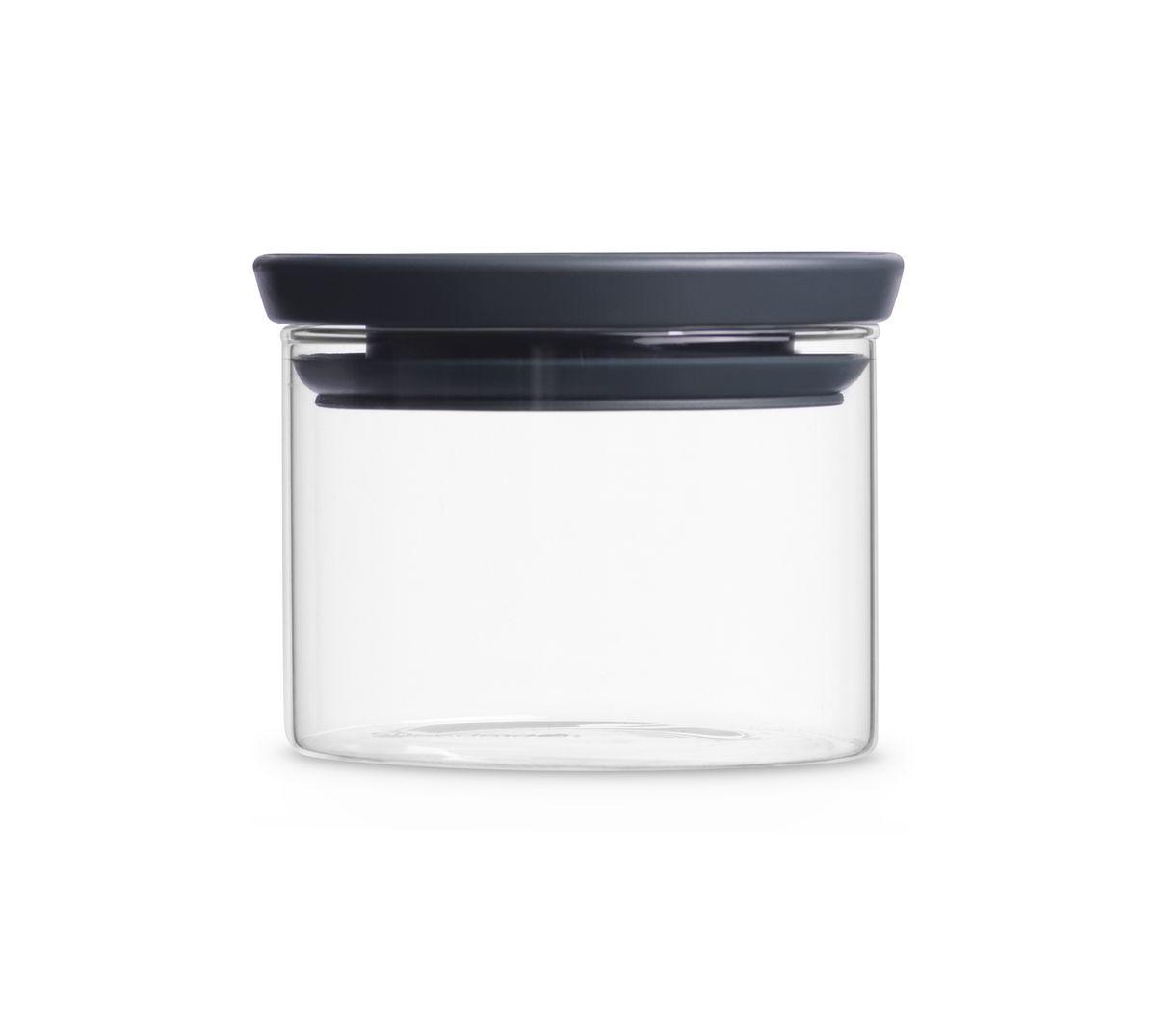 Модульная стеклянная банка Brabantia 0,3л298301Эти удобные модульные стеклянные банки для хранения любых продуктов непременно станут вашими любимыми. Идеальное решение для хранения продуктов – предлагаются в ассортименте различных размеров; Ваши любимые продукты дольше сохраняют свежесть – герметичная крышка; Легко моются – банки и крышки можно мыть в посудомоечной машине; Хорошо видно содержимое и его объем – прозрачное стекло; Рациональное использование пространства – модульная конструкция: банки составляются одна на другую; 10-летняя гарантия Brabantia.