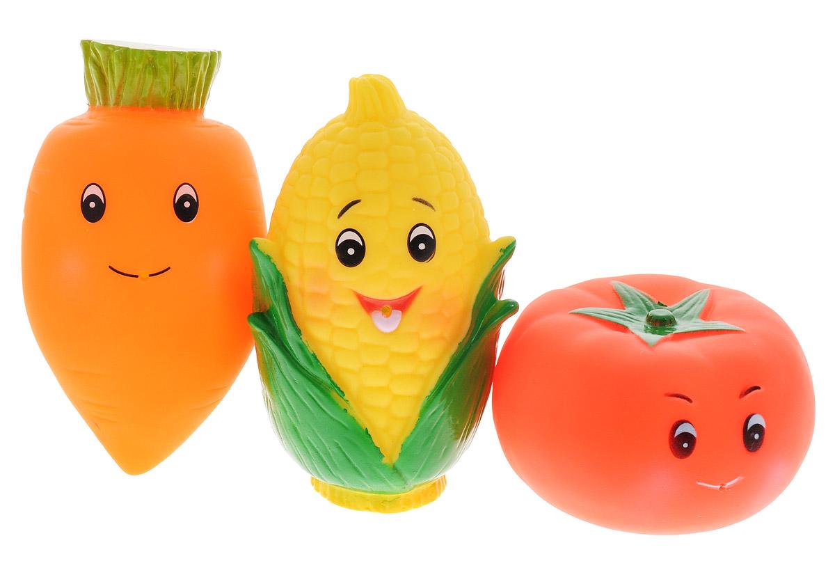 Жирафики Набор игрушек для ванной Веселая грядка 3 шт681057С набором игрушек для ванной Жирафики Веселая грядка принимать водные процедуры станет еще веселее и приятнее. Набор состоит из трех разноцветных игрушек - морковки, кукурузы и помидора. Их размер удобен для маленьких детских ручек. Озорные овощи могут брызгать водой. Набор доставит ребенку большое удовольствие и поможет преодолеть страх перед купанием. Игрушки для ванной способствуют развитию воображения, цветового восприятия, тактильных ощущений и мелкой моторики рук.