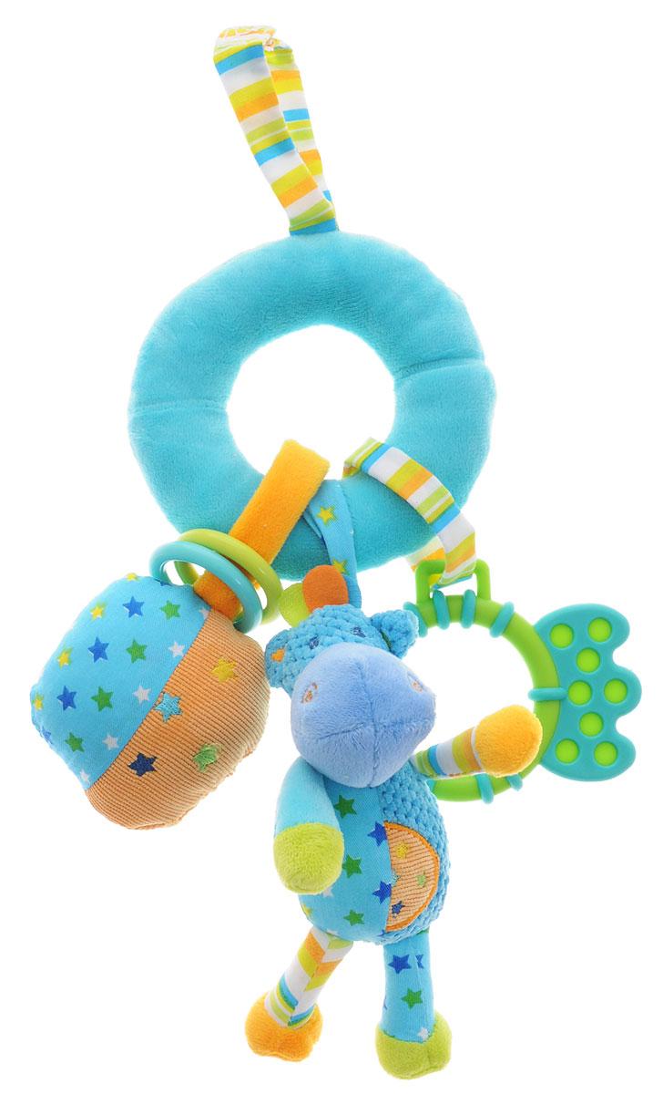 Жирафики Игрушка-подвеска Бегемотик 9382693826Яркая игрушка-подвеска Жирафики Бегемотик выполнена из материалов различной фактуры. Как же весело и интересно ее рассматривать! Но держать ее в маленьких ручках еще интереснее, ведь она таит в себе столько приятных сюрпризов и столько удивительных открытий! Игрушка оснащена погремушкой, пищалкой и двумя пластиковыми колечками. С помощью пластикового незамкнутого кольца и текстильных веревочек на липучке игрушку можно подвесить к кроватке, коляске, автокреслу или игровой дуге малыша. Игрушка-подвеска поможет ребенку в развитии цветового и звукового восприятия, концентрации внимания, мелкой моторики рук, координации движений и тактильных ощущений.