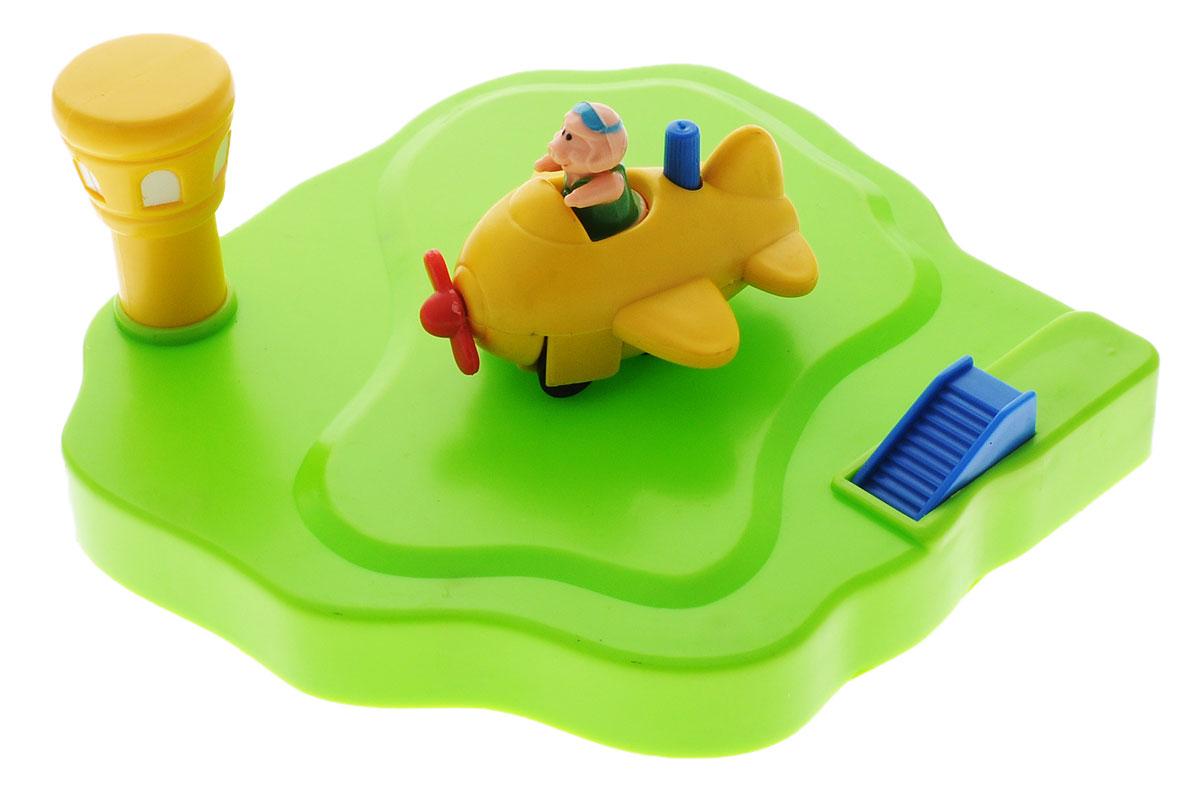 Жирафики Игрушка для ванной Аэродром цвет самолета желтый681123Игрушка для ванной Жирафики Аэродром обязательно порадует вашего малыша и превратит купание в увлекательную игру. Игрушка ярких цветов выполнена из качественных материалов и абсолютно безопасна для малышей. Аэродром с маяком держится на воде, поэтому самолетик может легко на него приземлиться. Самолетик с пилотом оснащен заводным механизмом и может самостоятельно кататься по ровной поверхности. Игрушка способствует развитию внимания, координации движений и логического мышления.