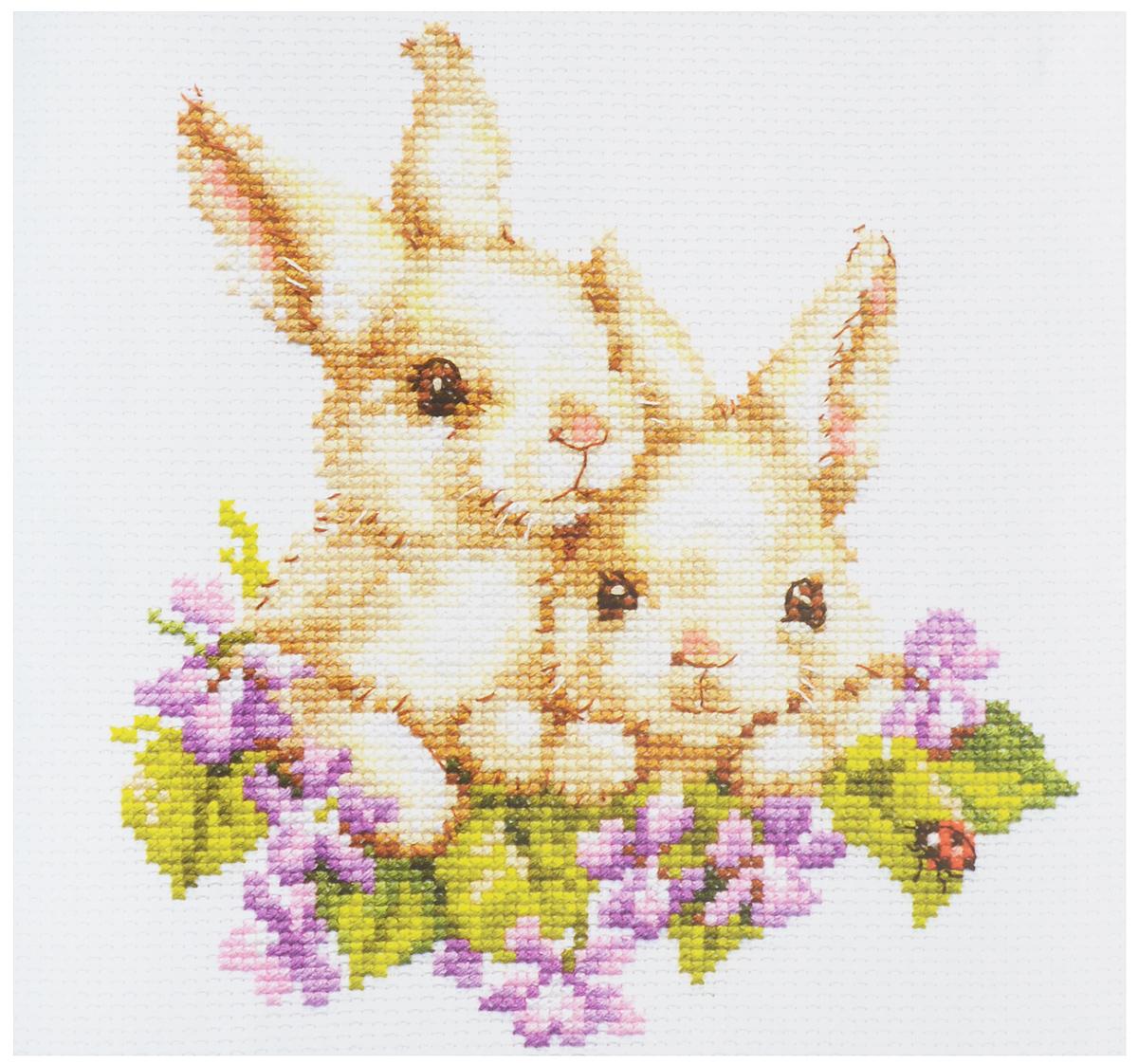 Набор для вышивания крестом Алиса Крольчата, 15 x 16 см1-11Набор для вышивания крестом Алиса Крольчата поможет вам создать свой личный шедевр - красивую картину, вышитую на канве. На сегодняшний день вышивка стала любимым увлечением для многих девушек и женщин. Интерес к данному виду рукоделия продолжает расти, ведь сегодня практически каждый желающий может попробовать вышивку крестом, благодаря наличию готовых наборов, в которых есть все необходимые материалы и имеется подробная инструкция. В набор входят: - канва Aida 14 Gamma белая (100% хлопок), - нитки мулине Gamma (19 цветов), - игла Gamma, - цветная символьная схема, - инструкция на русском языке. Размер готового изделия: 15 х 16 см. Размер канвы: 23 х 25,5 см.