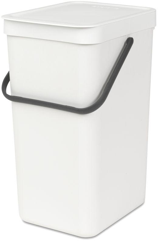 Ведро для мусора Brabantia Sort & Go, цвет: белый, 16 л109942Эти 16-литровые ведра можно использовать для раздельного сбора любых домашних отходов, например, бутылок, банок или пластиковой упаковки. Большая ручка и удобный захват снизу позволяют удобно освободить ведро от мусора. Идеальное решение для раздельного сбора домашних отходов. Может использоваться на полу или крепиться к стене – в комплект входит настенный держатель; Имеются идеально подходящие по размеру мешки Brabantia PerfectFit с завязками (размер D) – удобно устанавливаются в ведро; Гарантия 10 лет