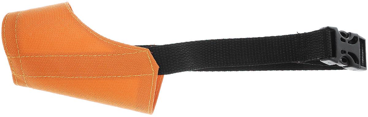 Намордник для собак ЗооМарк №0, цвет: оранжевый, черный, обхват 10 смZM4000_оранжевый, черныйНамордник ЗооМарк №0, изготовленный из нейлона, отлично держит форму и дает собаке возможность свободно дышать. Изделие удобно и красиво облегает морду собаки, не сковывая ее движения. Не секрет, что намордник является наиболее сложной частью собачьего снаряжения, поэтому на глаз подбирать намордник для своего любимца, конечно же, не стоит. Строение и размер головы собак разных пород существенно отличаются, так же, как и намордники для них. Намордник ЗооМарк №0 подходит для собак следующих пород: йоркширский терьер, карликовый пудель. Размер регулируется при помощи пряжки и ленты. Важно! Намордник должен давать собаке возможность приоткрывать пасть, так как именно таким образом она охлаждает свой организм. Обхват: 10 см. Ширина ленты: 2 см.