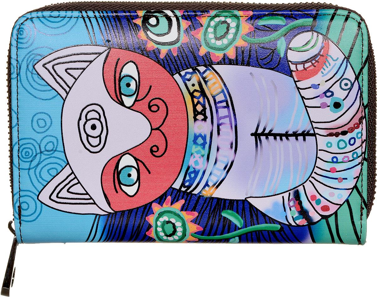Кошелек женский Kawaii Factory Кот, цвет: голубой. KW057-000535KW057-000535Разноцветный кошелек Кот от Kawaii Factory - веселое решение для хранения ваших денег! Изделие выполнено из натуральной кожи и имеет два разворота. Внутри кошелек состоит из одного отделения для купюр, шести карманов для визиток, двух кармашков для чеков и мелких бумаг, двух карманов с окошком из прозрачного пластика и отделения для мелочи, закрывающегося клапаном на кнопку. Кошелек Кот от Kawaii Factory компактный, вместительный и удобный. Он отлично смотрится с любым образом и определенно подойдет молодым девушкам, которые любят яркие и оригинальные аксессуары.