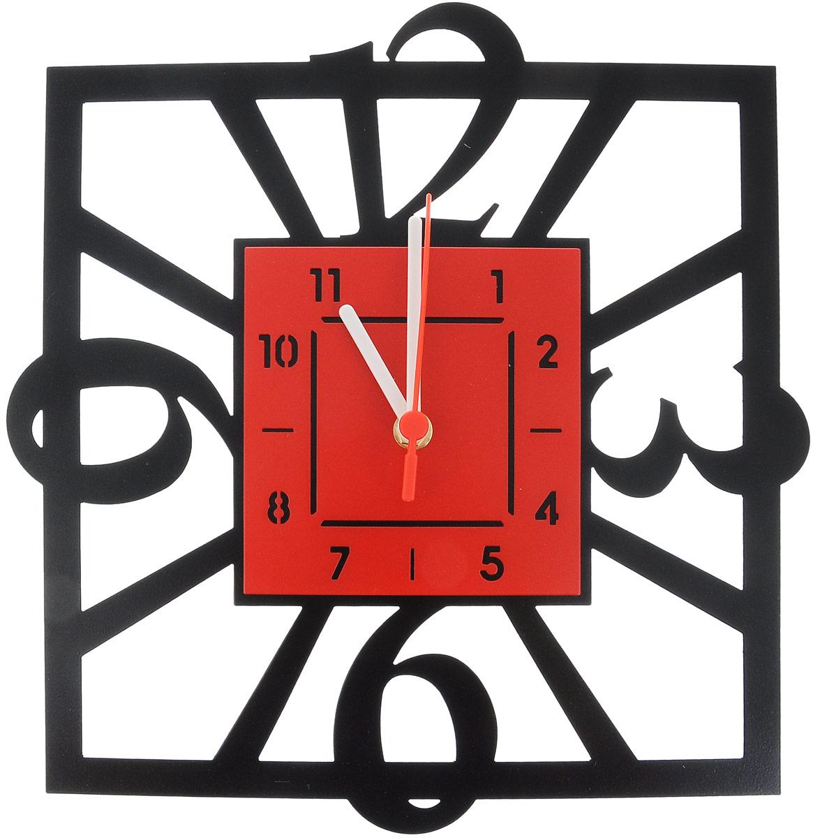 Часы настенные Miolla Квадратные, цвет: черный, красныйCH012_черный, красныйОригинальные настенные часы Miolla квадратной формы выполнены из стали. Часы имеют три стрелки - часовую, минутную и секундную и циферблат с цифрами. Необычное дизайнерское решение и качество исполнения придутся по вкусу каждому. Оформите свой дом таким интерьерным аксессуаром или преподнесите его в качестве презента друзьям, и они оценят ваш оригинальный вкус и неординарность подарка. Размер часов: 29 х 30 см. Часы работают от 1 батарейки типа АА напряжением 1,5 В (в комплект не входит).
