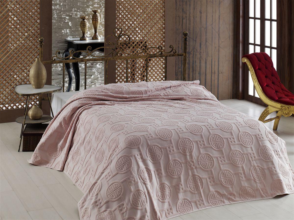Покрывало Arya Fayette, цвет: розовый, 200 х 220 смTR1001608РозовыйНеповторимое махровое покрывало-простыня от марки Arya - украшена жаккардовым рисунком с обеих сторон изделия. Простыня изготовлена из нежнейшего хлопка, натуральное хлопковое волокно дышащее, легкое, нежное. Простыня из хлопка может служить в жаркое время года в качестве тонкого, летнего одеяла, а зимой очень комфортно стелить такую простынь вместо обычной. Махровая простынь сохранит тепло, создаст уют в вашей спальне. Покрывало-простынь используют так же, как легкое покрывало на кровать. Край изделия обработан. Изделие неприхотливое в уходе, стирается в машинке, как обычные полотенца, легко сохнет.