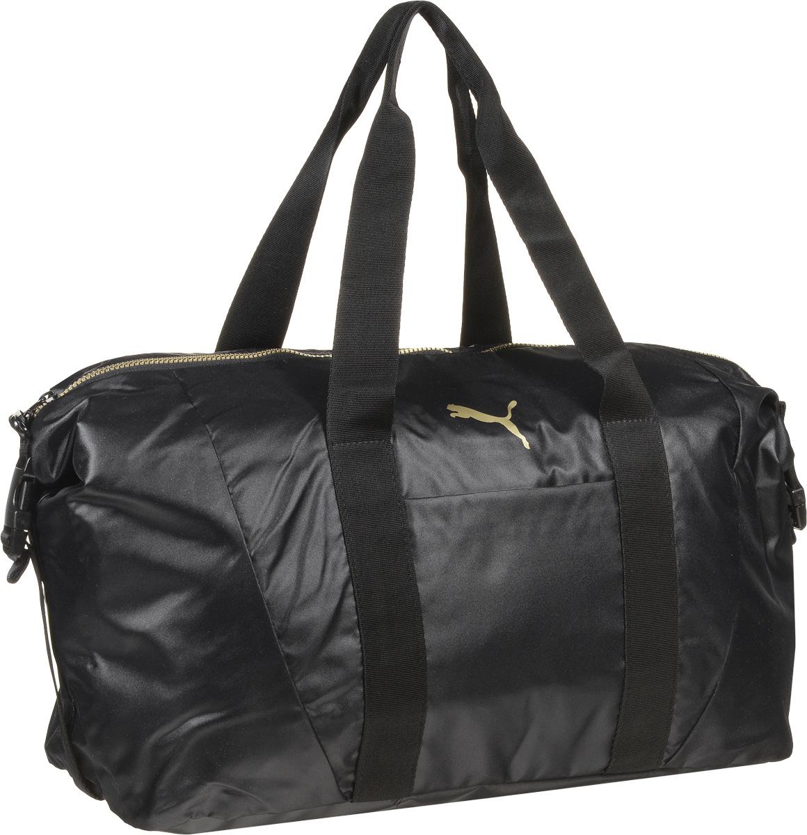 Сумка спортивная женская Puma Fit AT Workout Bag, цвет: черный. 0741370107413701Вместительная сумка Fit AT Workout Bag от Puma - удобный аксессуар для занятий спортом. Модель выполнена из непромокаемого нейлона, декорирована логотипом Puma Cat и цветными язычками застежек-молний с названием бренда. Сумка имеет главное отделение на молнии с двумя бегунками, накладной карман спереди, конструкцию с пластиковой пряжкой сбоку для изменения размера и формы сумки, карман на молнии и карман на липучке внутри и мягкие ручки для переноски из основного материала изделия. Функциональная подкладка из полиэстера некоторых отделений, водоотталкивающее покрытие нижней части обеспечивают максимум удобства. Сумка очень эргономична, поэтому вы сможете разместить все необходимое для тренировки. Основанный в 1948 году бренд Puma стал выбором многих героев мирового спорта. Дизайн Puma сосредоточен на стиле и функциональности моделей, поэтому коллекции брендовой одежды и обуви сочетают современный стиль с инновационными спортивными технологиями.
