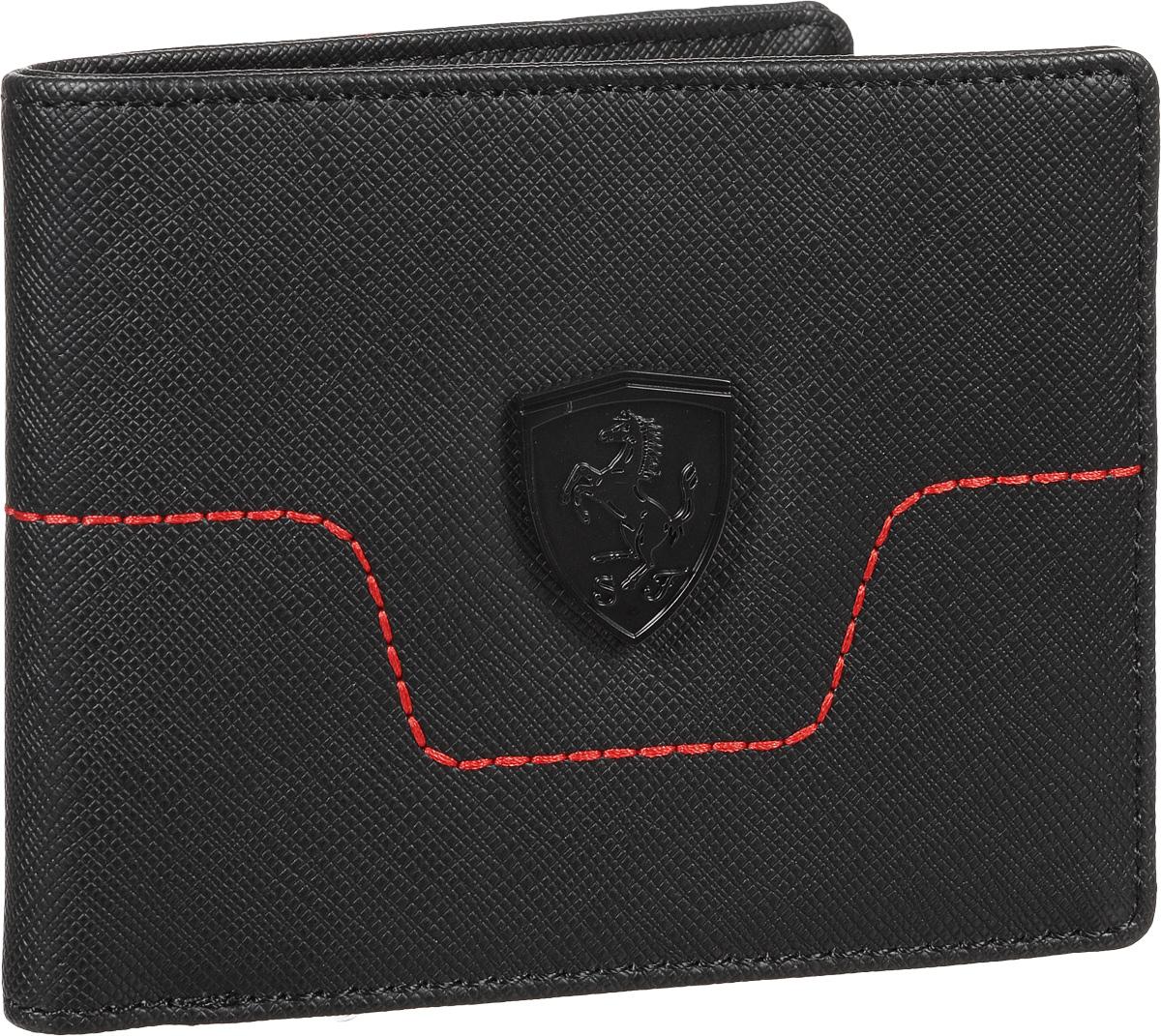 Бумажник Puma Ferrari LS Wallet M, цвет: черный. 0742090107420901Сумочка от Puma линии Ferrari имеет несколько отделений для банкнот и кредитных карт, функциональную подкладку из полиэстера с изнанкой из полиуретана, стеганную переднюю панель спереди с контрастной строчкой и разделители внутренних отделений из плотной ткани. Кроме того, сумочка декорирована спереди эмблемой гоночной команды Ferrari, выполненным из черненого матового металла, а также гравировкой с надписью Ferrari сзади и тисненым логотипом Puma внутри.