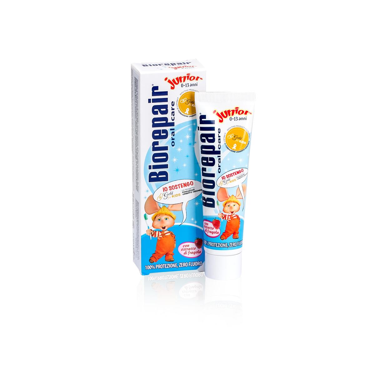 Biorepair детская зубная паста Junior Gold for Kids 50 mlGA1150400Детская зубная паста Biorepair Junior, содержит частицы запатентованного компонента MicroRepair, которые борются с кариесом и укрепляют эмаль. Паста идеально подходит при ношении брекетов. Натуральный экстракт земляники оказывает тонизирующий эффект и питает десны.