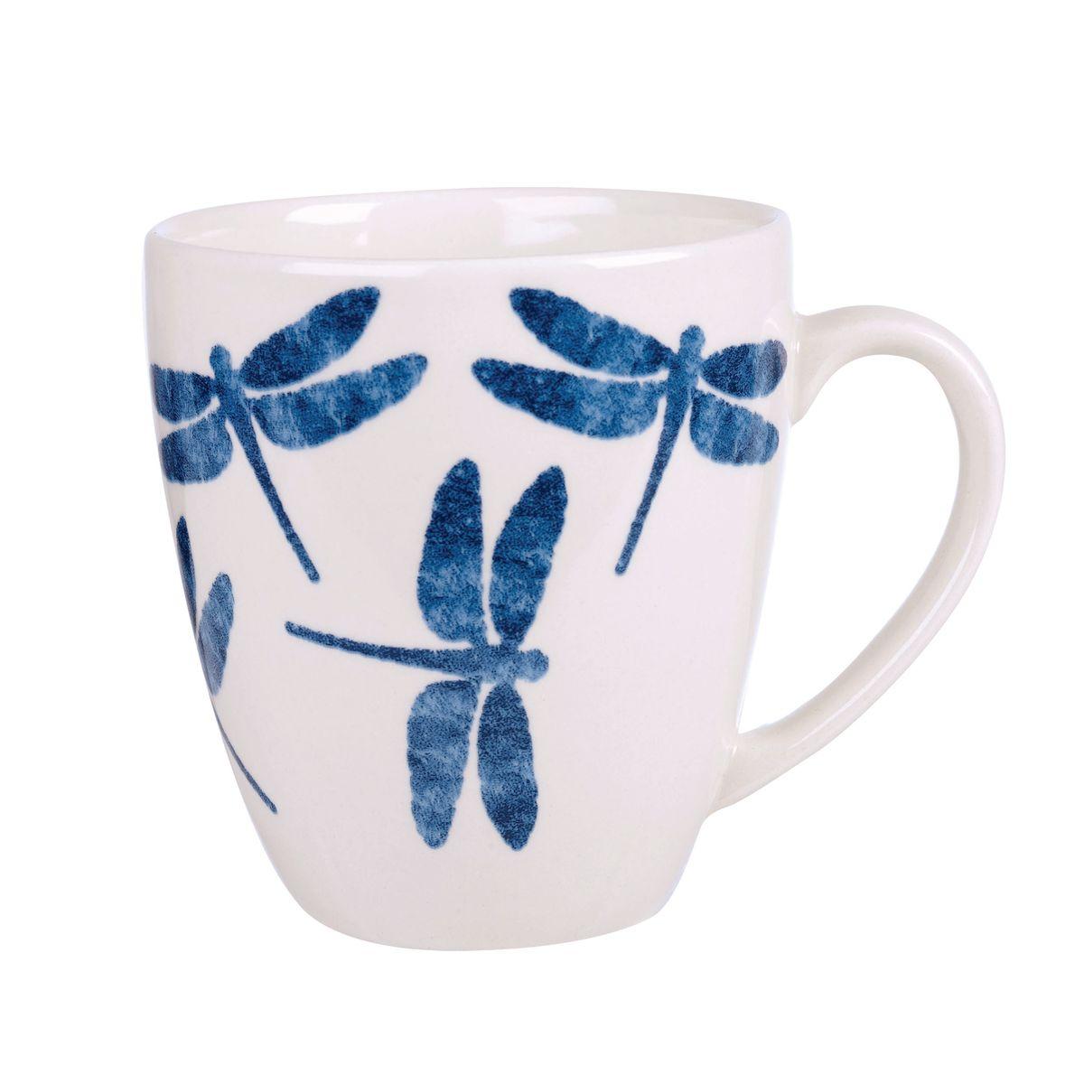 Кружка Churchill Стрекоза, 500 мл. COUT00851COUT00851Коллекция Сиена отражает Скандинавский стиль. Этот стиль отличается своей простотой и минимализмом, синий орнамент на белоснежном фоне. Материал: фаянс Можно мыть в посудомоечной машине Можно использовать в микроволновой печи