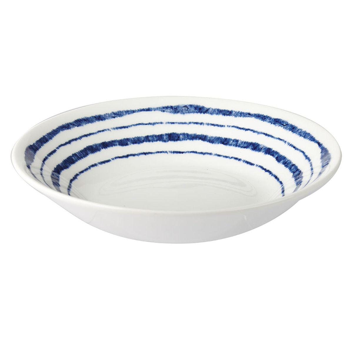 Тарелка суповая Churchill Инки, диаметр 15,5 см. INKI00111INKI00111Коллекция Сиена отражает Скандинавский стиль. Этот стиль отличается своей простотой и минимализмом, синий орнамент на белоснежном фоне. Материал: фаянс Можно мыть в посудомоечной машине Можно использовать в микроволновой печи
