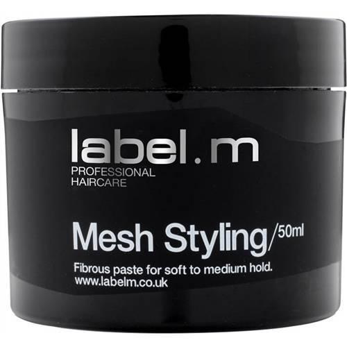 Label.m Крем Моделирующий, 50 млLFMS0050В руках превращается в тонкую, легкую волокнистую паутину. Идеальное средство для создания текстурных креативных форм с сильной фиксацией на коротких волосах. Содержит воски для придания матового сияния. Может быть использован как кремообразный стайлинг для вьющихся волос.