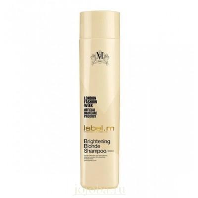 Label.m Осветляющий шампунь для блондинок Brightening Blonde Shampoo, 300 млLSBB0300Мягко очищает и увлажняет волосы, постепенно осветляя их, предотвращает пересыхание и появление медных оттенков.