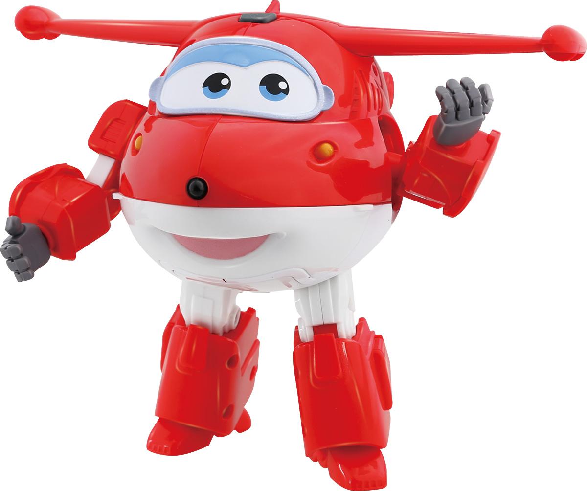 Super Wings Трансформер Джетт YW710310YW710310Игрушка-трансформер со звуковыми и световыми эффектами Джетт надолго займет внимание вашего ребенка. Игрушка выполнена из безопасного пластика в виде самолета по имени Джетт, полностью повторяющего персонажа популярного мультсериала «Super Wings». Джетт - это маленький реактивный самолет, который доставляет посылки детям по всей планете. По желанию ваш малыш сможет перестроить самолетик в робота, тогда получится другая озвученная игрушка. Полученный робот может произносить несколько забавных фраз. Теперь ваш малыш может придумывать для него приключения и разыгрывать полюбившиеся моменты из мультика, а светящиеся лампочки на корпусе самолета сделают игру реалистичной. Эта игрушка непременно понравится вашему ребенку, ведь она развивает любознательность, пространственное мышление, логику и мелкую моторику рук. Необходимы 2 батарейки типа AA(входят в комплект).