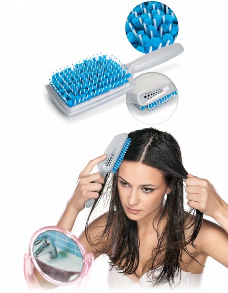 Bradex Щетка для сушки волос с микрофибройKZ 0347Стилисты по всему миру твердят: красивые волосы – это здоровые волосы! Сухие, ломкие по всей длине локоны с посеченными кончиками не могут шикарно выглядеть, какие бы дорогие краски и шампуни Вы не использовали. Позаботьтесь о здоровье Ваших волос со щеткой для сушки волос с микрофиброй! Её уникальная конструкция обеспечивает максимально бережный уход, позволяя Вам отказаться от вытирания волос полотенцем и свести к минимуму использование фена. • Щетка впитывает до 40% влаги благодаря вставкам из микрофибры, мягко расчесывает мокрые волосы и массирует кожу головы. • Механические и термические повреждения структуры волоса полностью исключаются. • Имеются специальные отверстия для эффективного просушивания микрофибры. Щетка для сушки волос: потрясающая красота Ваших здоровых волос!