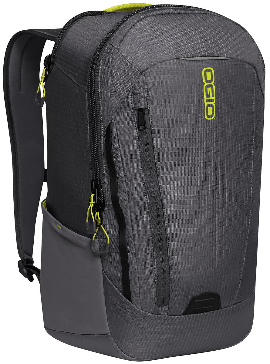 Рюкзак городской Ogio Apollo Pack, цвет: черный, 20 л111106-248OGIO – высокотехнологичный продукт от американского производителя. Вместимые сумки для путешествий, работы и отдыха, специальная коллекция городских сумок для женщин, жесткие боксы под мелкий инвентарь и многое другое. Этот рюкзак – Достаточно вместительный, благодаря чему у Вас есть возможность взять с собой множество необходимых вещей, и при этом совсем не громоздкий. Множество специализированных карманов помогают распределить вещи в рюкзаке наиболее оптимальным способом, а современный дизайн обеспечивает отличный внешний вид, который точно не испортит Ваш образ.