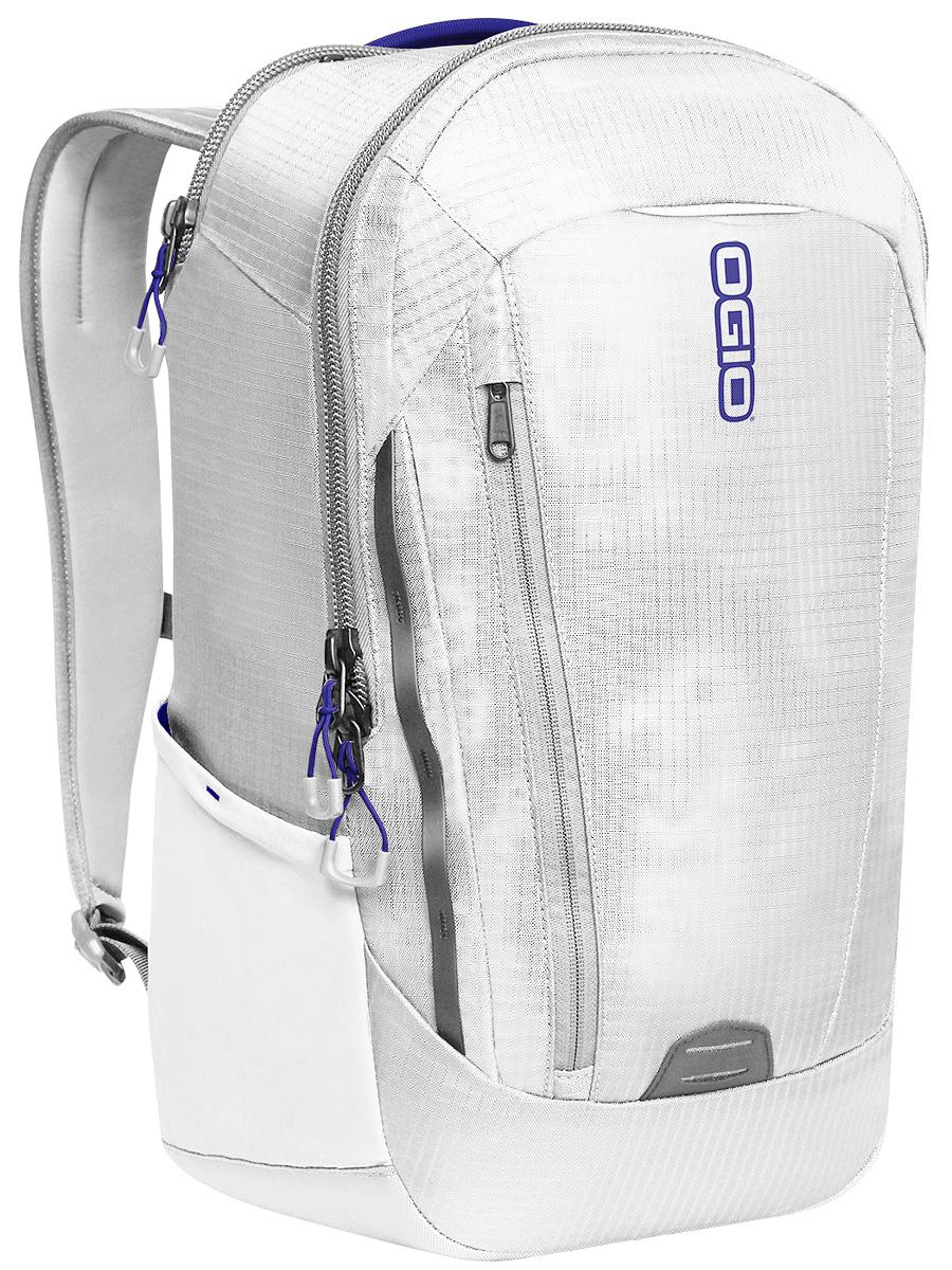 Рюкзак городской Ogio Apollo Pack, цвет: белый, синий , 20 л111106-561OGIO – высокотехнологичный продукт от американского производителя. Вместимые сумки для путешествий, работы и отдыха, специальная коллекция городских сумок для женщин, жесткие боксы под мелкий инвентарь и многое другое. Этот рюкзак – Достаточно вместительный, благодаря чему у Вас есть возможность взять с собой множество необходимых вещей, и при этом совсем не громоздкий. Множество специализированных карманов помогают распределить вещи в рюкзаке наиболее оптимальным способом, а современный дизайн обеспечивает отличный внешний вид, который точно не испортит Ваш образ.