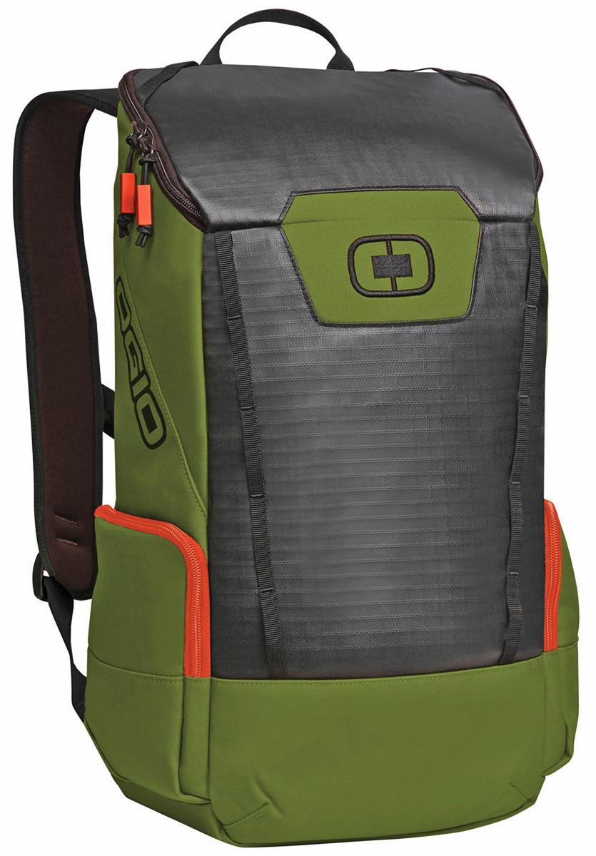 Рюкзак городской Ogio Clutch Pack, цвет: зеленый , 21 л123011-281OGIO – высокотехнологичный продукт от американского производителя. Вместимые сумки для путешествий, работы и отдыха, специальная коллекция городских сумок для женщин, жесткие боксы под мелкий инвентарь и многое другое.Легкий и вместительный рюкзак с приятным дизайном от OGIO. Ваш ноутбук надежно крепится в мягкий чехол, оставляя необходимое пространство для других вещей, снаружи предусмотрены боковые карманы, которые будут полезны для хранения фотоаппарата, зарядки или других полезных аксессуаров. Удобные регулируемые лямки с дополнительным нагрудным ремнем помогут равномерно распределить нагрузку.