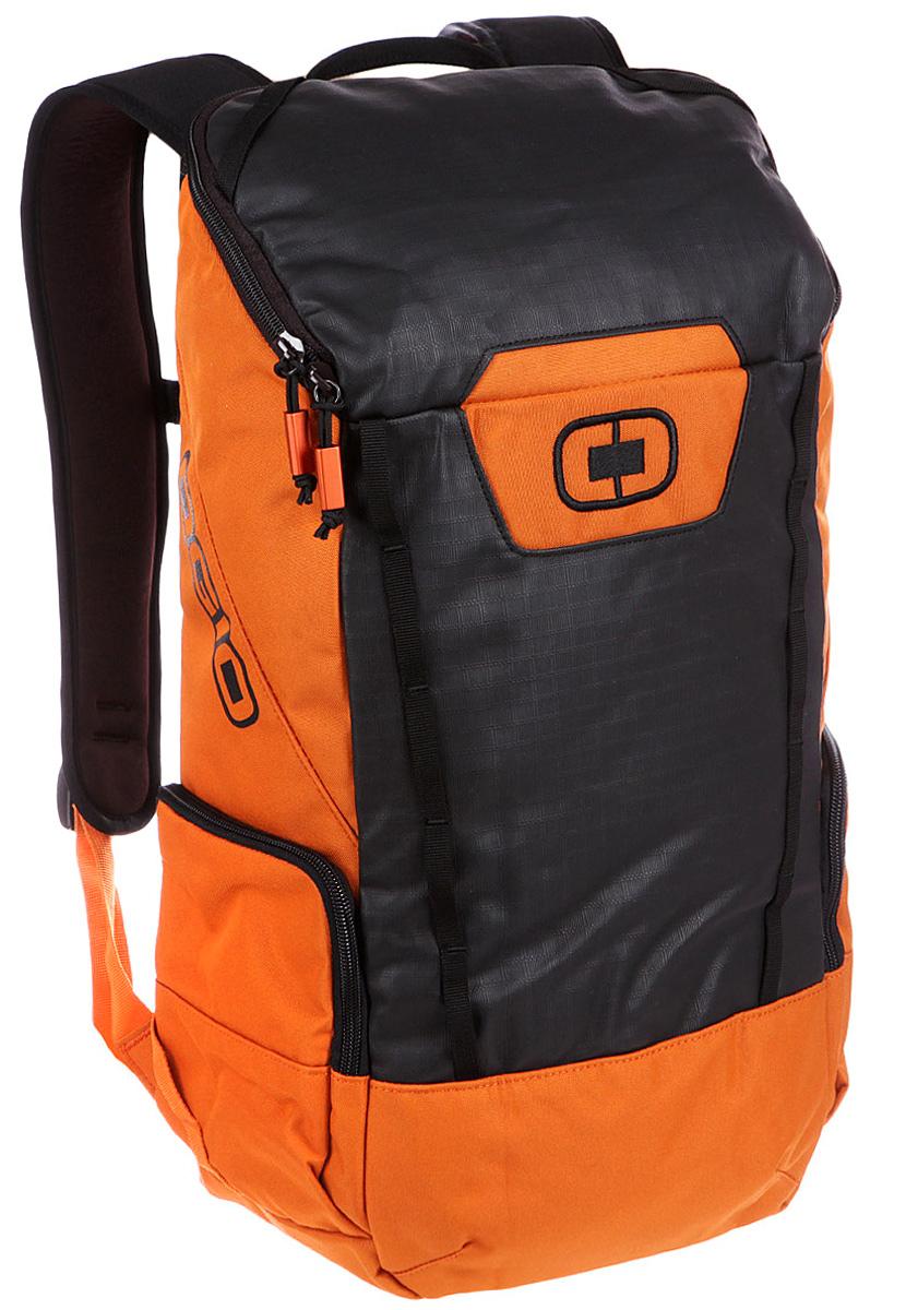 Рюкзак городской Ogio Clutch Pack, цвет: оранжевый, 21 л123011-23OGIO – высокотехнологичный продукт от американского производителя. Вместимые сумки для путешествий, работы и отдыха, специальная коллекция городских сумок для женщин, жесткие боксы под мелкий инвентарь и многое другое.Легкий и вместительный рюкзак с приятным дизайном от OGIO. Ваш ноутбук надежно крепится в мягкий чехол, оставляя необходимое пространство для других вещей, снаружи предусмотрены боковые карманы, которые будут полезны для хранения фотоаппарата, зарядки или других полезных аксессуаров. Удобные регулируемые лямки с дополнительным нагрудным ремнем помогут равномерно распределить нагрузку.