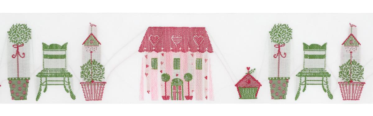 Тесьма декоративная Летний дом, цвет: белый, зеленый, красный, розовый, 1 м х 50 мм. 3506535065Тесьма декоративная Летний дом выполнена из высококачественного 100% полиэстера. Рисунок выполнен из 100% хлопка. Тесьма Acufactum и сегодня ткется на старинных станках с использованием перфокарт, которые изготавливаются для каждого вида тесьмы с тончайшей проработкой самых мелких деталей. Это достаточно долгий и трудоемкий процесс, но результат того стоит! Тесьма наивысшего уровня качества, которая очень практична в использовании, т.к. выдерживает стирку при температуре 60 градусов. А изобилие дизайнов просто потрясает!
