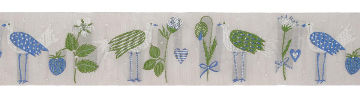 Тесьма декоративная Летние птицы, цвет: бежевый, зеленый, синий, 1 м х 50 мм. 35044-0435044-04Изысканная декоративная тесьма Летние птицы выполнена из высококачественного 100% полиэстера. На ленте изображены цветы, ягоды, птицы и сердца. Рисунок выполнен из 100% хлопка. Тесьма Acufactum ткется на старинных станках с использованием перфокарт, которые изготавливаются для каждого вида тесьмы с тончайшей проработкой самых мелких деталей. Это достаточно долгий и трудоемкий процесс, но результат того стоит! Тесьма наивысшего уровня качества, которая очень практична в использовании т.к. выдерживает стирку при температуре 60 градусов. А изобилие дизайнов просто потрясает!