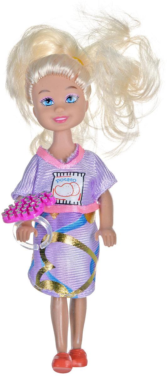 Shantou Мини-кукла Fashion Style блондинкаP870-H43278_блондинкаМини-кукла Shantou Fashion Style порадует любую девочку, ведь она такая приветливая и веселая, что может поднять настроение одним своим видом. У куклы длинные роскошные волосы, что позволит ребенку всласть насладиться разными прическами. Придумывая для куклы новые образы, девочка не только получит разнообразный вид для игрушки, но и сможет потренировать воображение. Игрушка изготовлена из качественных и безопасных материалов. В комплект к кукле входит кольцо.