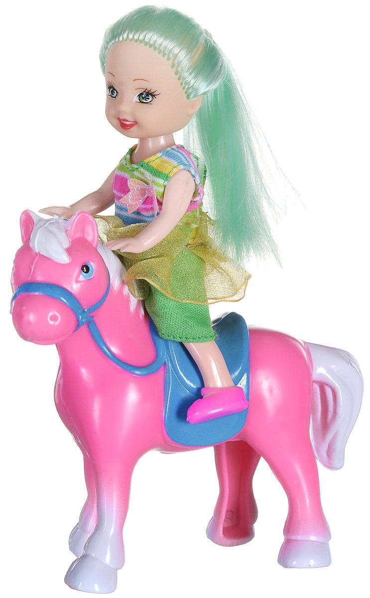 Shantou Мини-кукла Bettina с лошадьюL091-H43654Мини-кукла Shantou Bettina с лошадью привлечет внимание вашей малышки. Набор выполнен из безопасного пластика и включает в себя куколку и лошадку. Куколка с длинными светло-зелеными волосами одета в легкое платье, на ногах - розовые туфельки. Благодаря маленьким размерам куклы и лошадки ваша малышка сможет брать их с собой на прогулку или в гости. Игры с куклой способствуют эмоциональному развитию ребенка, а также помогают формировать воображение и художественный вкус.