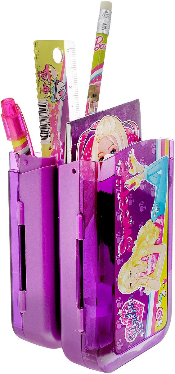 Набор канцелярский Barbie, 7 предметовBRCB-US1-75409-HКанцелярский набор Barbie в подарочном пакете с кольцом станет замечательным подарком для любой школьницы. Набор включает в себя карандаш ч/г с ластиком, пенал пластиковый складной, линейка прозрачная 15 см, ручка автоматическая, точилка малая в виде сердечка, блокнот клеевой, ластик прямоугольный (обернутый бумагой). Обложка блокнота выполнена из плотного картона и оформлена изображением Барби. Набор канцелярских принадлежностей - стильные и незаменимые аксессуары на каждый день!